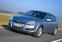 Opel Astra H 5d-25