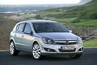 Opel Astra H 5d-4