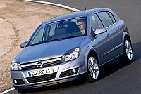 Opel Astra H 5d-34