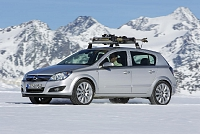 Opel Astra H 5d-21