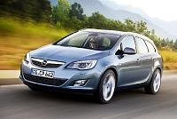 Opel Astra J Sports Tourer-34